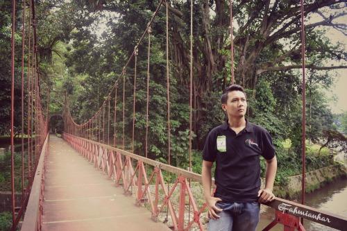 Jembatan Gantung Kebun Raya