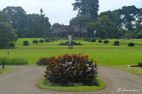 Lapangan Astrid Kebun Raya