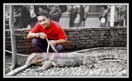 Fahmi di Taman Reptil Sanggaluri Park