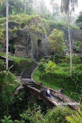 Sungai Pakerisan Tampaksiring Bali