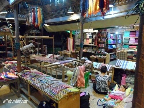 Proses Pembuatan Khmer Scarf