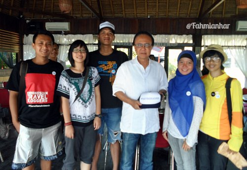 Team Save Sharks Indonesia with Menteri Kelautan & Perikanan Sharif Cicip Sutarjo